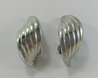 Silver metal earrings, vintage earrings