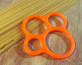 Modern Pasta Measure Guide - Spaghetti Measuring Tool - Chef Gift - Unique 3D Printed