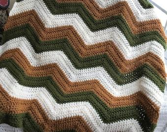 crochet chevron zigzag ripple baby toddler child blanket afghan wrap wheelchair stripes VANNA WHITE yarn adult lap robe green brown boy girl