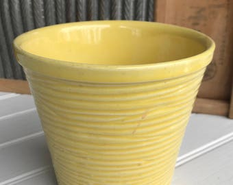 Buttery Soft Yellow - Vintage McCOY Flower Pot