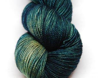 "Fingering Weight, ""Traveling Riverside"" Merino Wool Superwash Yarn, 4 oz, machine washable yarn"