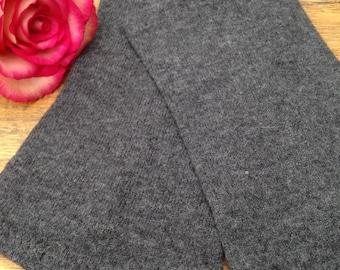 Stulpen aus weicher grauer 100 % Merinowolle für den Arm in Size S / M / L