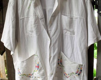 4-5X White Linen-Cotton Jacket/ Perfect for Summer Teas, Showers, Weddings/ Vintage Embroidery/ Wear as a Tunic/ Sheerfab Vintage Thrift