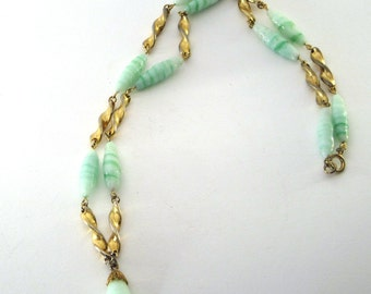 Green and white swirled beads with gold twists 1970's necklace