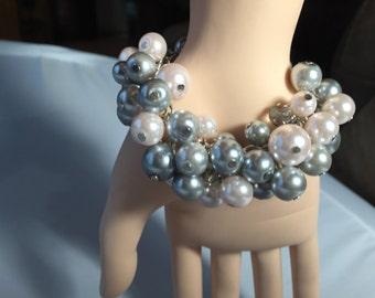 Chunky Pearl bracelet, blush pink Pearl bracelet, gray Pearl bracelet. Cluster Pearl bracelet