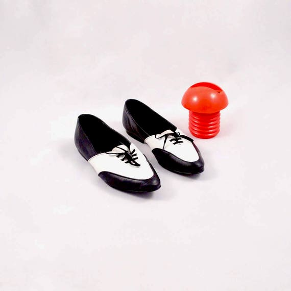 5 flat spectator oxfords pointed flats 38 brogues flats flats flats 7 toe white esprit flats leather black lace up leather UTavTtw