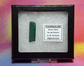 Vente TOURMALINE INDICOLITE 3,4 g qualité supérieure fin collectionneur bleu cristal pierres précieuses en vitrine du Nouristan Afghanistan