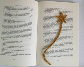 Bookmark Star shooting gold crochet