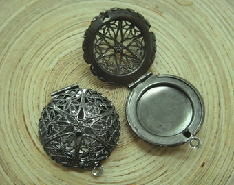 Gunmetal Round Filigree Locket Charms, 2 pcs