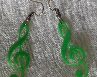 Treble clef earrings Green