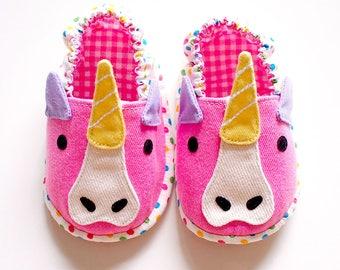 Elastic Baby Booties, Unicorn Baby Shoes, Unicorn Baby Booties, Fabric Baby Shoes, Prewalker Booties, Newborn Infant Booties, Unicorn 07