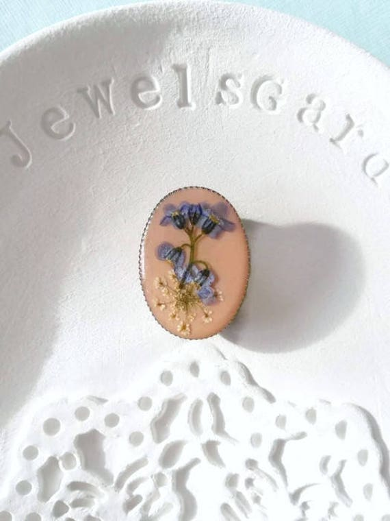 Small brooch for wedding dress flower brooch for jacket bridesmaids gift Floral brooch bouquet hat Real flowers forgetmenot brooch Oval pin
