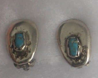 SALE Clip OnVintage Small Turquoise  Clip Earrings