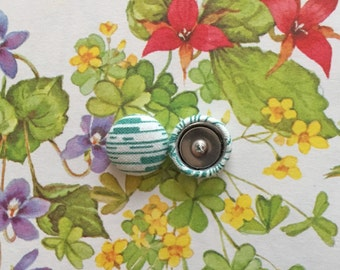Fabric Covered Button Earrings / Small Studs / Geometric / Green and White / Wholesale Jewelry / Gifts for Her / Nickel Free / Bulk Lot