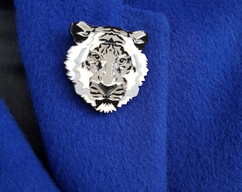 Snow leopard brooch, Animal brooch