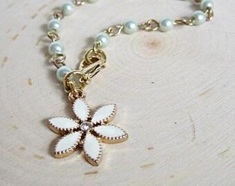 Girl's Pearl Bracelet, Children's Jewelry, Girl's Flower Bracelet, Child's Flower w Pearls Bracelet, Pearls for Girls, Girl's Bracelet