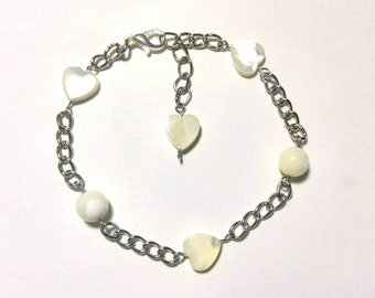 Ankle chain with hearts Nacre