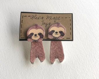 Cute Sloth Clinging Fake Gauge Earrings