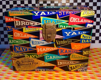 Vintage 1960s File A Way 50 State COLLEGE PENNANT Metal File Storage Box w TAG!