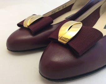 Vintage Bally slip on shoes oxblood burgundy leather bow low heels size 5.5