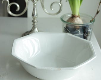 Antique ironstone bowl, creme ironstone bowl, JOHSON BROTHERS, salad bowl, farmhouse, rustic, shabby bowl