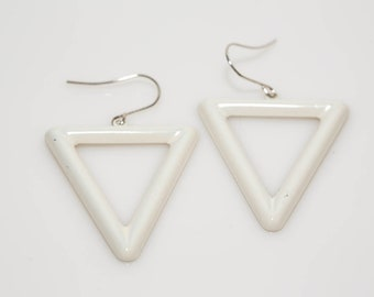 Inverted Triangle Earrings In White - Vintage