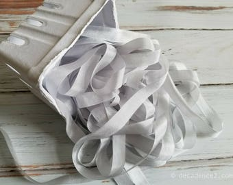 5 yards White Seam Binding. Packaging, Scrapbooking, Shabby Pretty Embellishment
