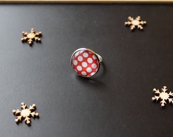 Red dot glass cabochon ring