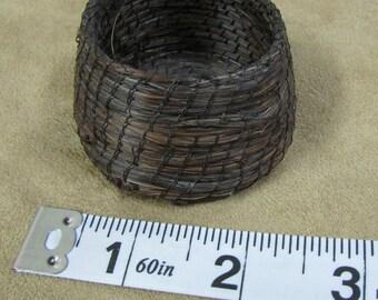 """Tohono O'Odham Horsehair Basket 2 1/4"""" Diameter"""