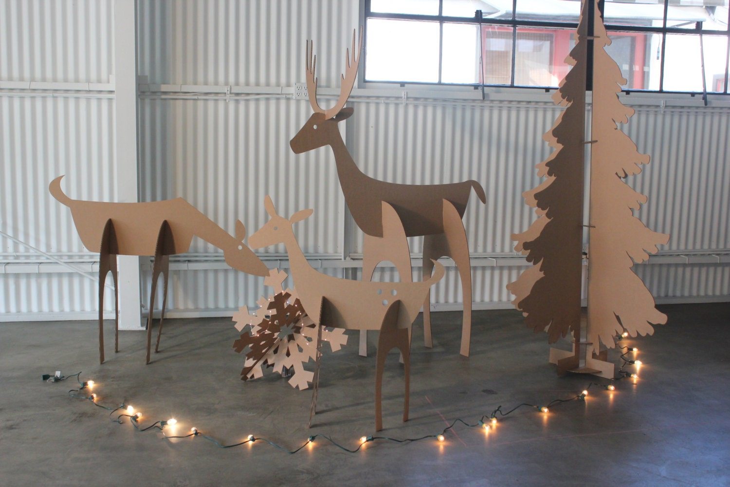 5ft tall cardboard christmas deer family zoom pronofoot35fo Gallery