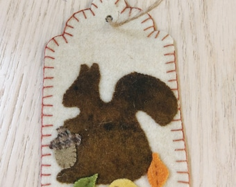 Hand-dyed Wool Squirrel Tag KIT
