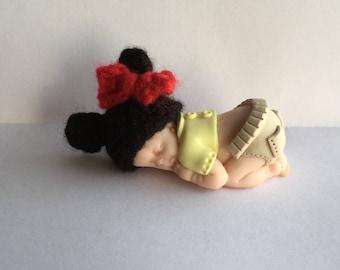 Wool crochet baby minnie polymer clay Cap