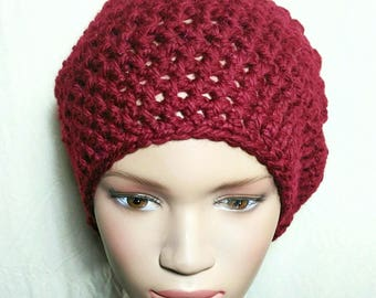 Hat Burgundy wool crocheted by hand