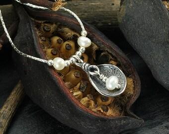 Pearl Necklace, Pearl Pendant, 925 Sterling Silver, Bridesmaid Gift, Bridal, Wedding, June Birthstone, Artisan Handmade Y524