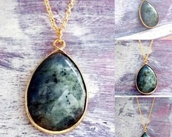 Labradorite necklace,Gold necklace,labradorite Pendant,