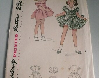 1940s Childs Dress and Panties Antique Simplicity Pattern 2529 Size 4