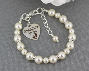 Grandma to be Charm Bracelet Gift for Grandma Pearl Bracelet Grandmother Bracelet Grandma Bracelet Suprise Gift for Grandma to be