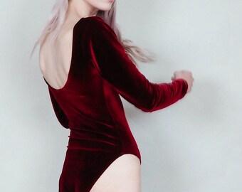 Party crasher - Long sleeve velvet bodysuit with scoop back - merlot wine