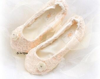 Bridal Flats, Blush,Ivory, Wedding Flats, Lace Flats, Vintage Style, Elegant, Wedding, Shoes, Flower Girl, Maid of Honor, Ballerina Slippers