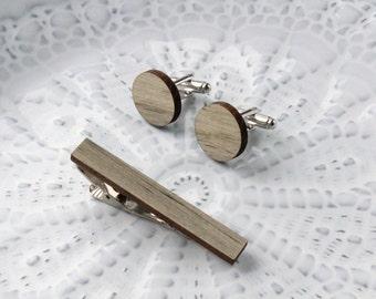 Round Wood Cufflinks & Tie Clip Set // Beetle Pine