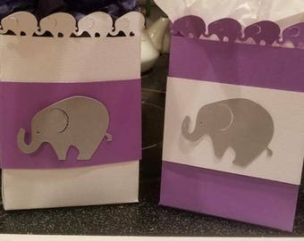 Customizable gift bags by the dozen
