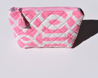 Stand Up Zipper Pouch. Pink Makeup Bag. Travel Accessory. Quilted Zipper Pouch. Bag Insert. Purse Organizer. Mothers Day. Ready to Ship.