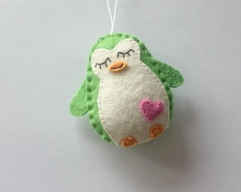 Green penguin felt ornament - handmade nursery decor for kids room - Christmas decoration for boys - party supplies Baby shower wool