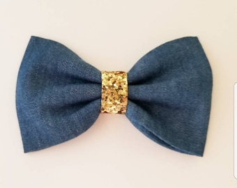Denim hair bow / chambray hair bo / blue hair bow / girls hair bows / hair bow / toddler hair bow/ hair bows / baby headband / headband