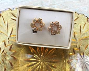 Rhinestone earrings. Vintage jewelry. Clip on earrings. Gold wreath clipon earrings. Vintage earrings. Gift for women. Art nouveau.