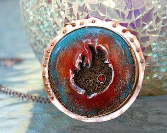 Burnin ' Up collier en cuivre émaillé