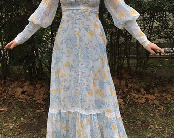 Vintage Gunne Sax 70s Prairie Dress Floral Ivory Maxi Small Lace 1970s Romantic Empire Jessica McClintock