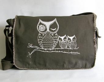 Owls Messenger Bag|Owl Lover Gift|Crossbody Canvas Bag|Woodland Creatures|Hand Printed|Gift for Women|Owls Day Bag|Computer Bag|Diaper Bag