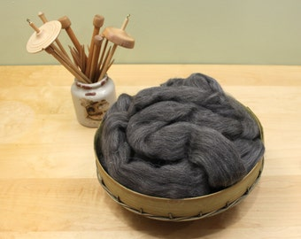 Finnish Wool - Natural Gray - Undyed Roving for Spinning or Felting (8oz)