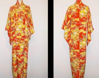Vintage kimono - Floral garden, Chirimen silk